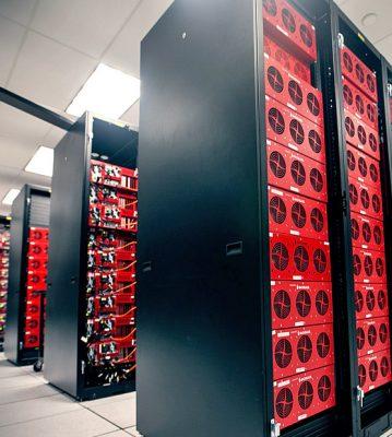 چگونه بزرگترین دیتاسنترهای جهان هارد دیسک خریداری میکنند؟